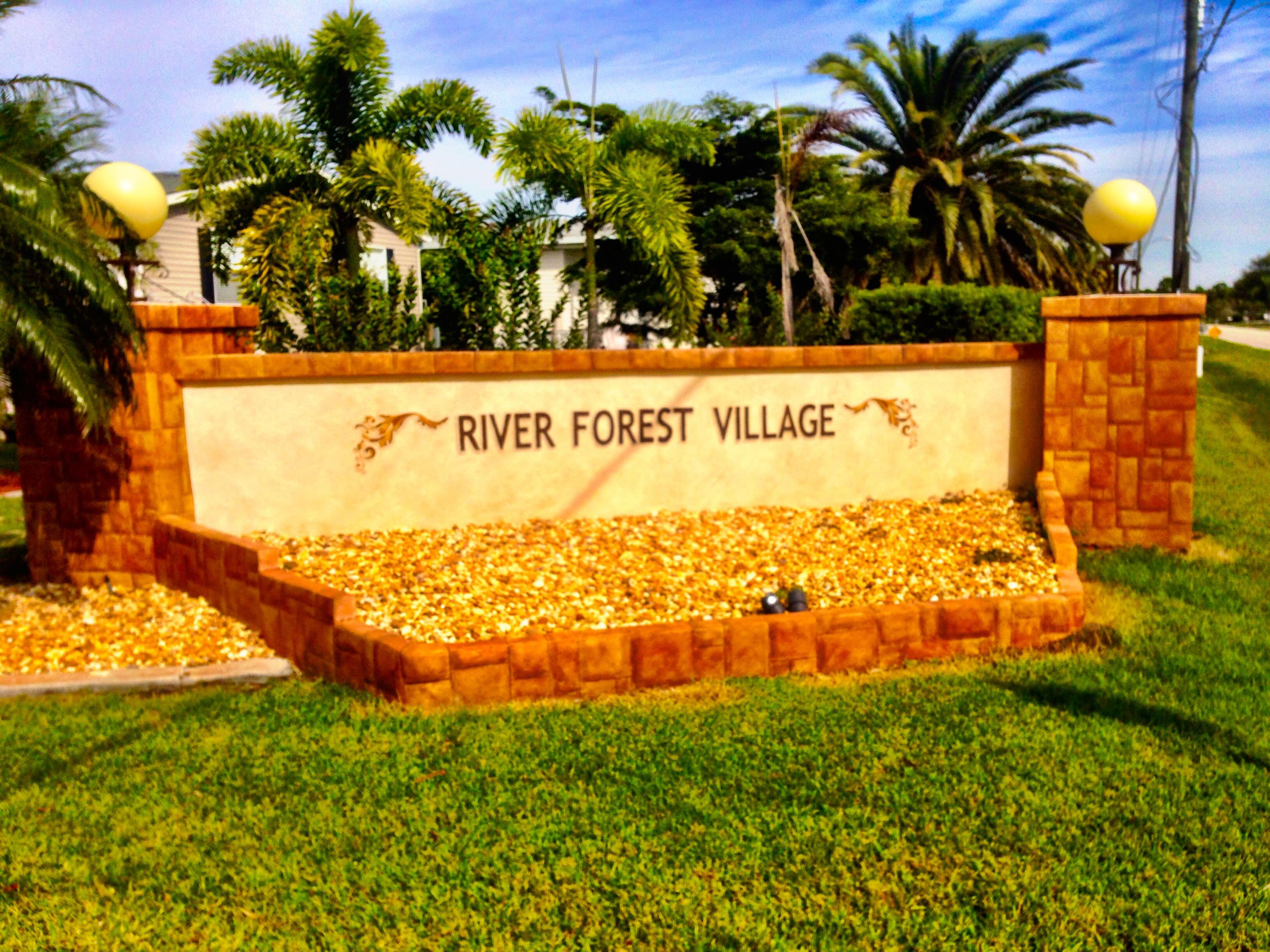 Entrance to River Forest Village